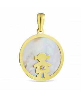 Colgante en oro con niña y medalla de nacar
